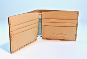 Au Natural Simple Bi Fold Wallet